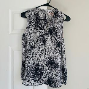 Forever 21 Contemporary Blouse VNeck
